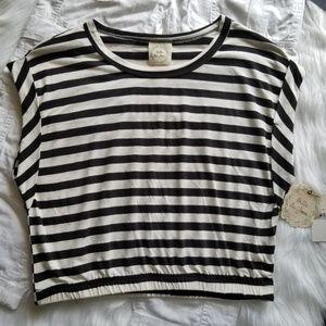 🆕️ Black & White Stripe Crop Top